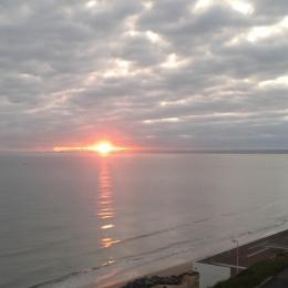 Appartement duplex, coucher de soleil, Plage des Rosaires, Plérin - Location de vacances - Plérin