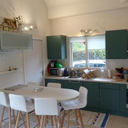 L'espace cuisine - Location de vacances - Plérin