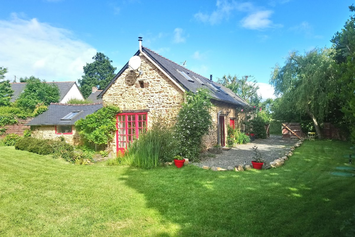 La maison rouge- Pleguien, Côtes d'Armor, Bretagne - Location de vacances - Pléguien