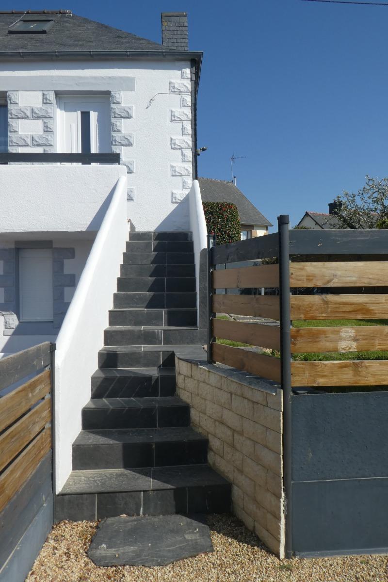 Accès au gîte et au jardin - Location de vacances - Trélévern