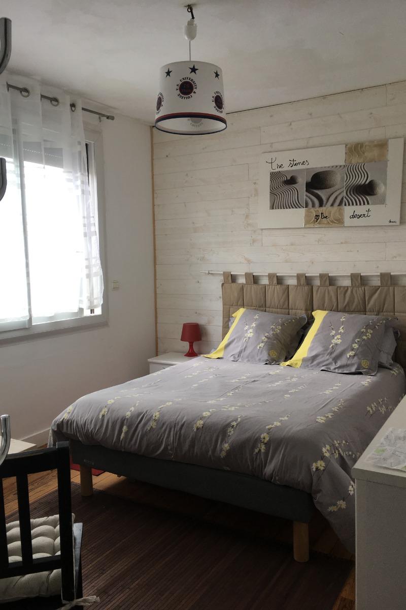 La chambre double à l'étage, lumineuse - Chambre d'hôtes - Dinan