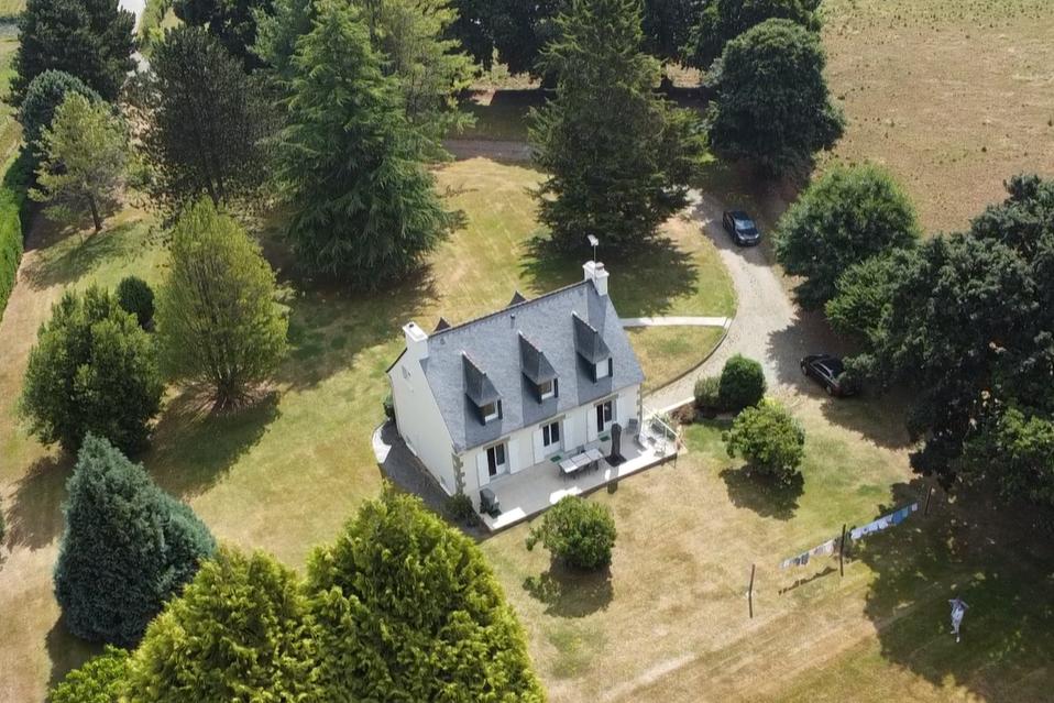 Façade principale - Location de vacances - Plouisy