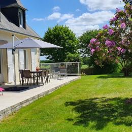 Terrasse sud-ouest - Location de vacances - Plouisy