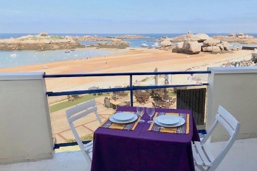 Balcon vue mer à Trégastel - Location de vacances - Trégastel