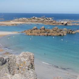 une autre plage de Trégastel, à 300 mètres de l'appartement - Location de vacances - Trégastel
