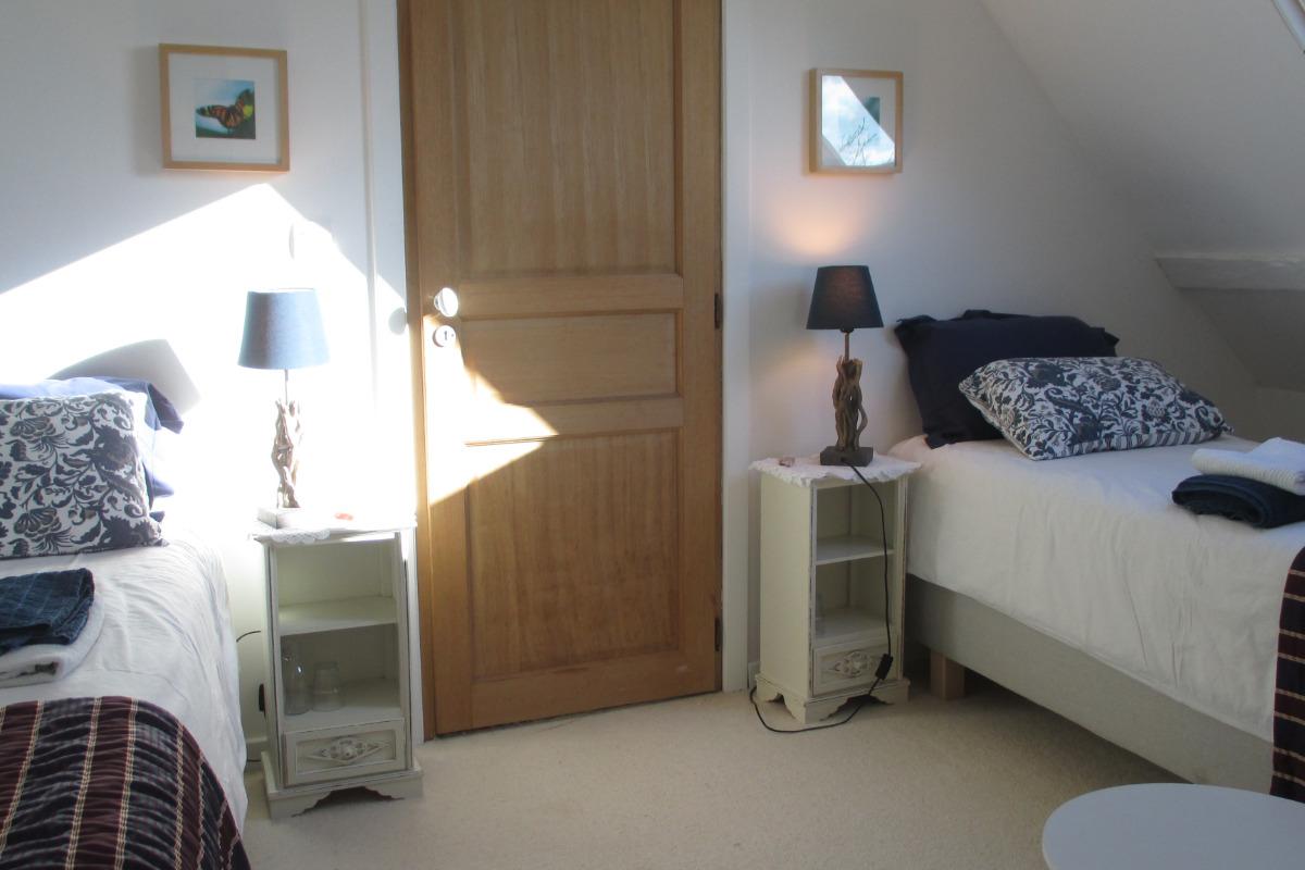 Chambre d'hôtes, Plouëc du Trieux, Clévacances, chambre 2ème étage - Chambre d'hôtes - Plouëc-du-Trieux