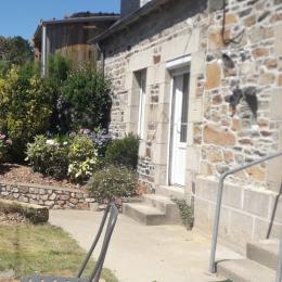 Location Paimpol Clévacances Derrien, vue extérieure de la maison coté rue - Location de vacances - Paimpol