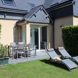 La terrasse et le sas d'entrée - Location de vacances - Plouézec