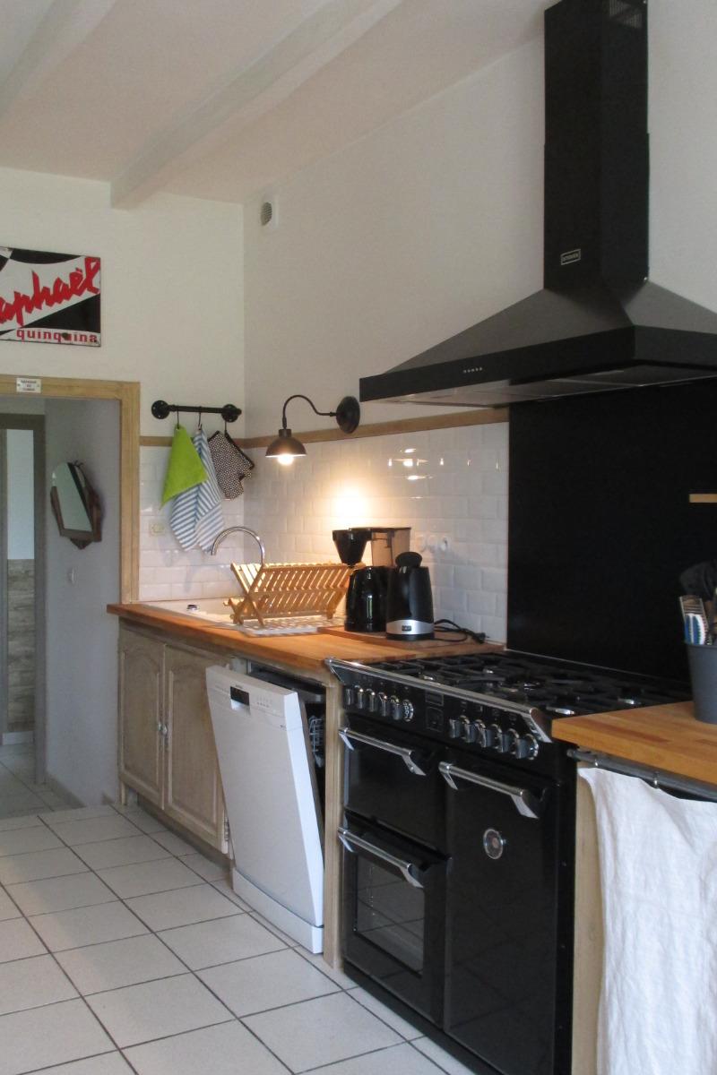 La maison d'Anne-Marie, location Clévacances, Saint-Clet, salon-séjour partie cuisine - Location de vacances - Saint-Clet