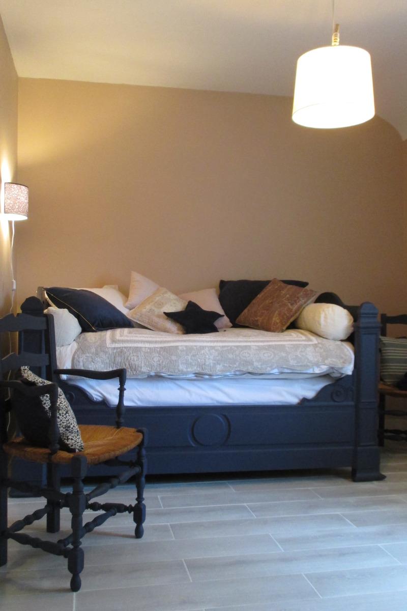 La maison d'Anne-Marie, location Clévacances, Saint-Clet, chambre d'appoint au RDC avec lit en 110*180 - Location de vacances - Saint-Clet