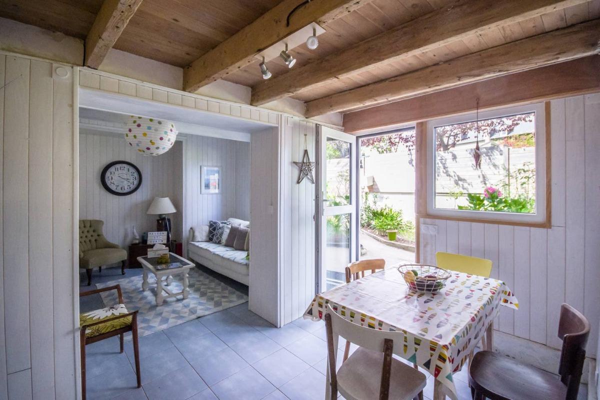 MaisonSaintQuay entrée maison par cuisine séjour - Location de vacances - Saint-Quay-Portrieux