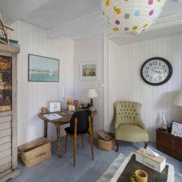 MaisonSaintQuay séjour avec bureau  - Location de vacances - Saint-Quay-Portrieux