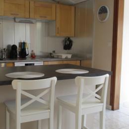 ALLIOT,  location de vacances Paimpol, Cruckin, cuisine avec mange debout  - Location de vacances - Paimpol