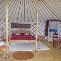 Grand lit de 160 - Chambre d'hôtes - Plouguiel