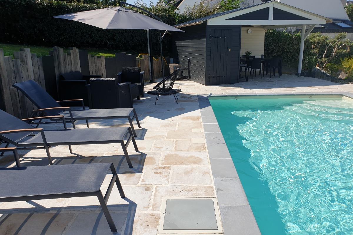 Espace piscine ext - Location de vacances - Binic-Étables-sur-Mer