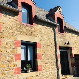Location Clévacances, Pléguien, Côtes d'armor, gîte entièrement rénové en 2020, vue extérieure côté rue - Location de vacances - Pléguien