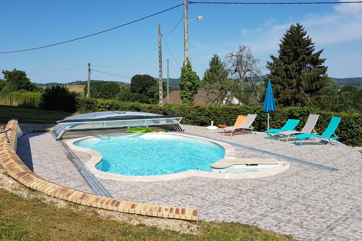 La piscine ! - Location de vacances - Bussière-Dunoise