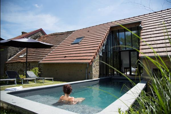 Gîte Nonpareil avec piscine pour 10 personnes, à Peyrat la Nonière en Creuse  - Location de vacances - Peyrat-la-Nonière