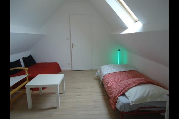 L'une des chambre au 1er étage avec 2 lits de 90 *200