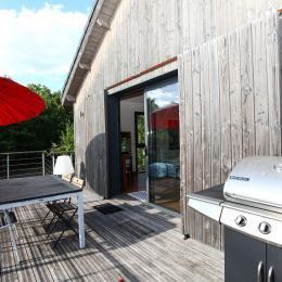 Terrasse  - Location de vacances - Saint-Jean-d'Eyraud