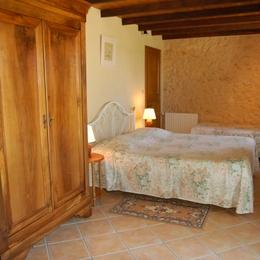 Chambre Chêne pour 3 personnes  - Chambre d'hôtes - Saint-Agne