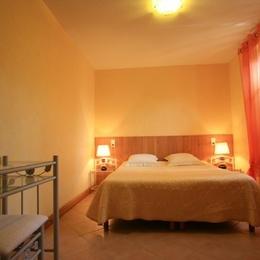 - Chambre d'hôte - Saint-Amand-de-Coly