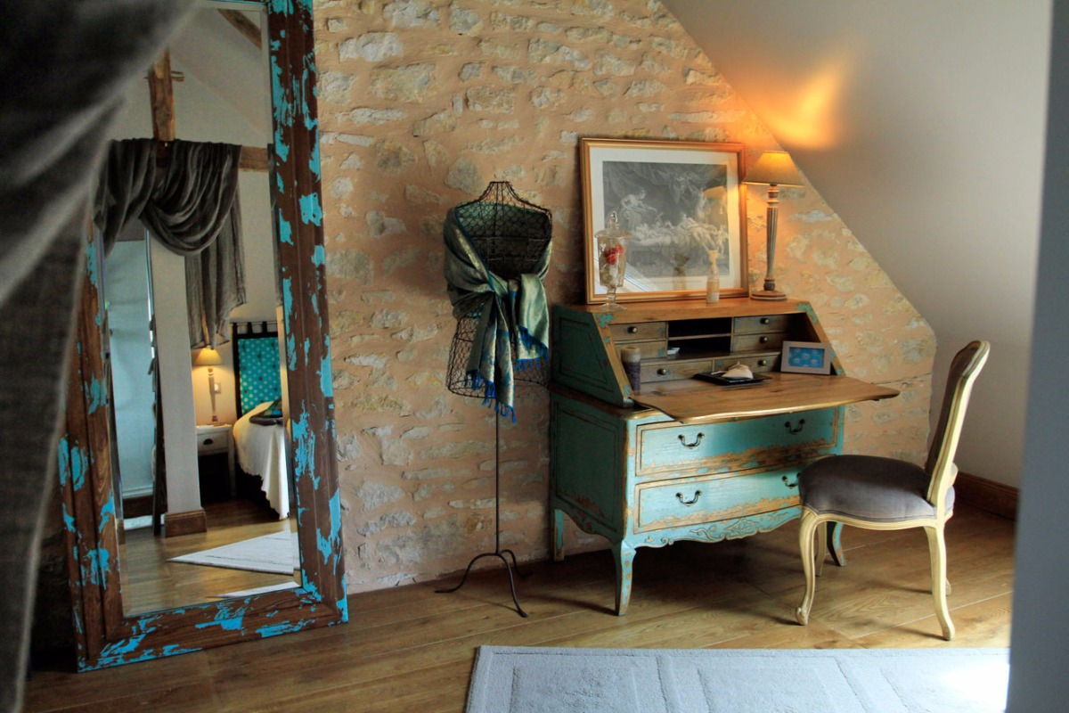 Les Voluptés de Marie, chambre spacieuse et confortable - Chambre d'hôtes - Terrasson