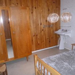 Chambre 1 - lit 140 - Location de vacances - Coulounieix-Chamiers