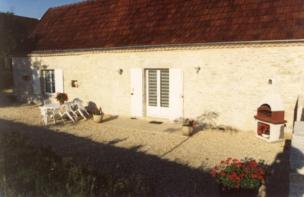 terrasse avec barbecue - Location de vacances - Tourtoirac