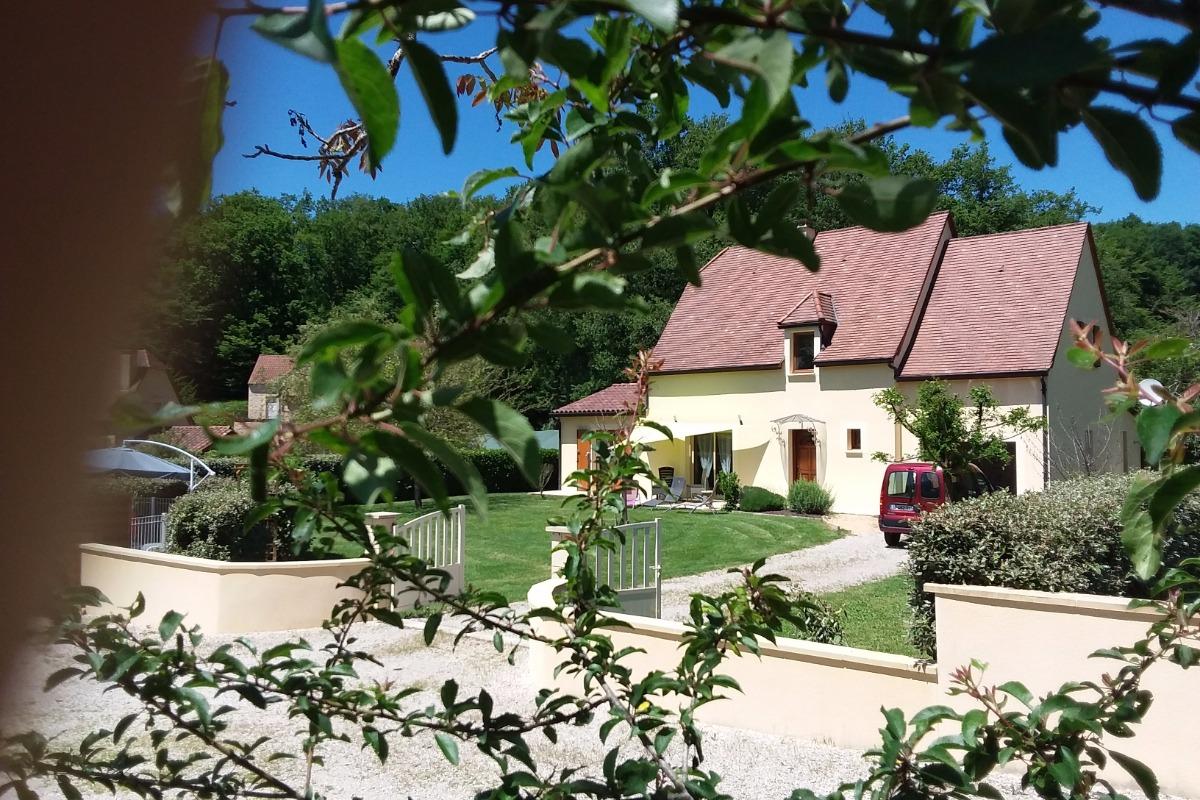 Bienvenue à la Sarrazine  - Location de vacances - Carlux