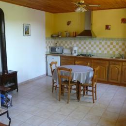 Cuisine et repas - Location de vacances - Cénac-et-Saint-Julien