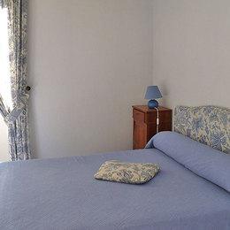 salon- cheminée insert et TV écran plat - Location de vacances - Sarlat-la-Canéda