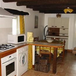 Cuisine et coin repas - Location de vacances - Loubejac