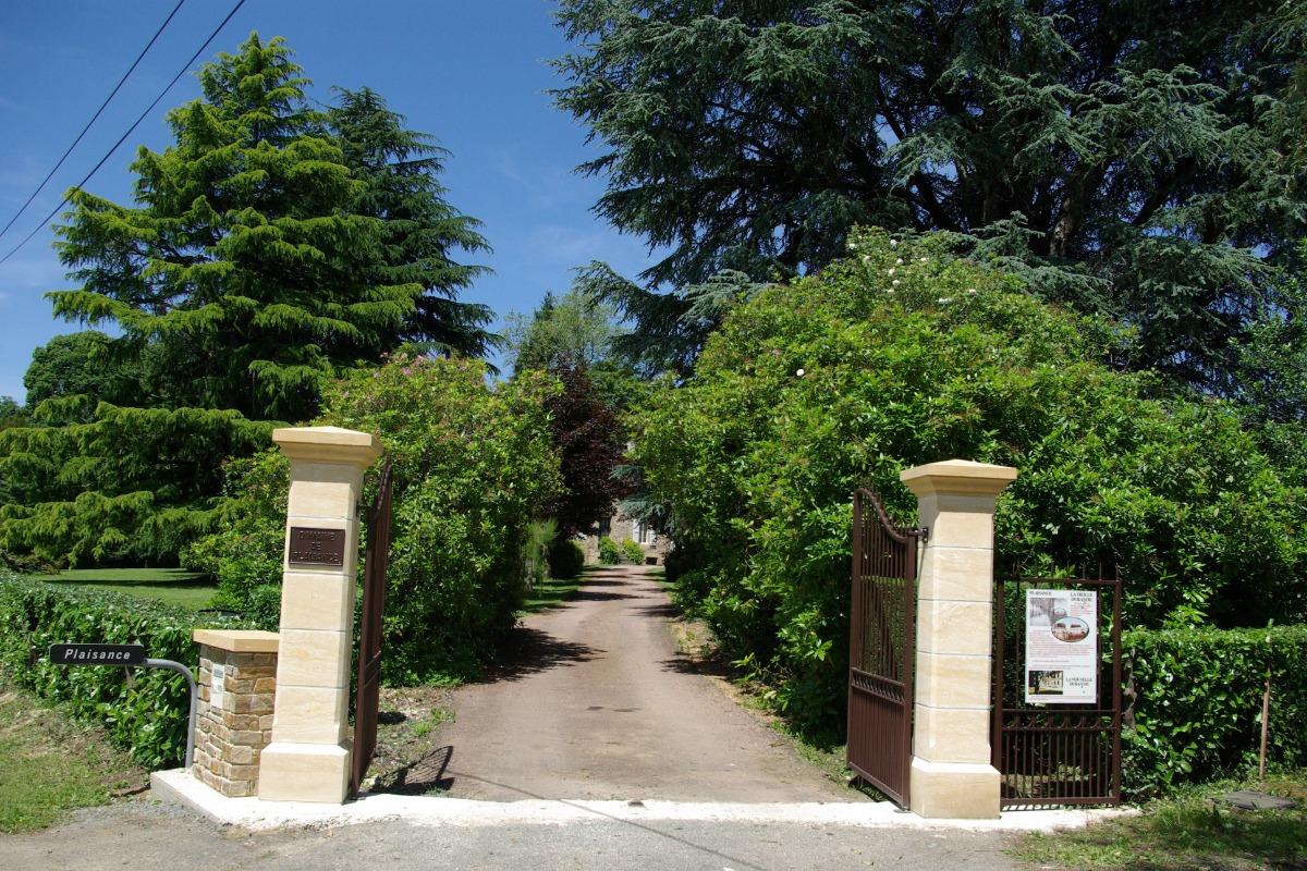 Bienvenue à Plaisance - Location de vacances - Lanouaille