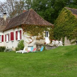 Vue depuis le jardin - Location de vacances - Saint Felix De Reilhac