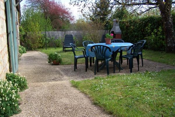 jardin extérieur - Location de vacances - Saint-Cyprien Dordogne