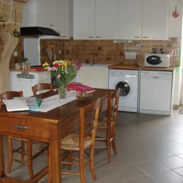 cuisine - Location de vacances - Saint-Avit-Rivière