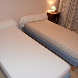 chambre 3 - Location de vacances - Singleyrac