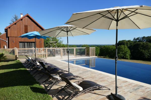 Le Séchoir avec sa piscine chauffée à débordement - Location de vacances - Carsac-Aillac