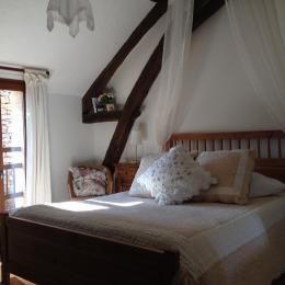 la chambre AMBRUNE - Chambre d'hôte - VALOJOULX
