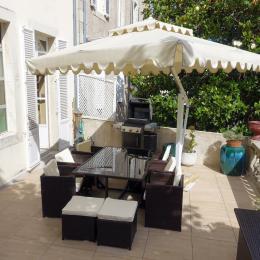 Une terrasse exceptionnelle en centre ville - Location de vacances - Périgueux