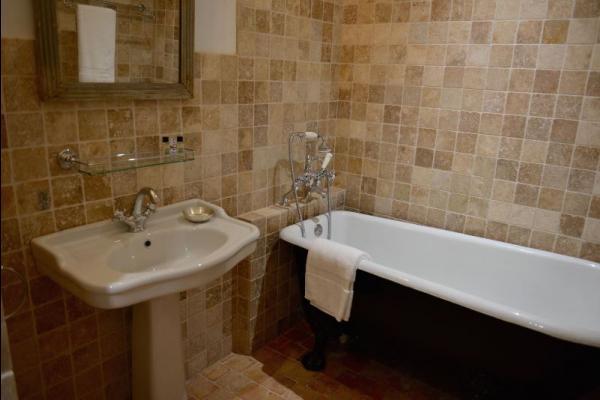 La salle de bains - Chambre d'hôtes - Saint-Vincent-de-Cosse