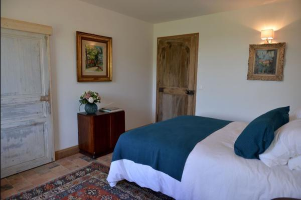 Votre chambre , d'inspiration provençale - Chambre d'hôtes - Saint-Vincent-de-Cosse