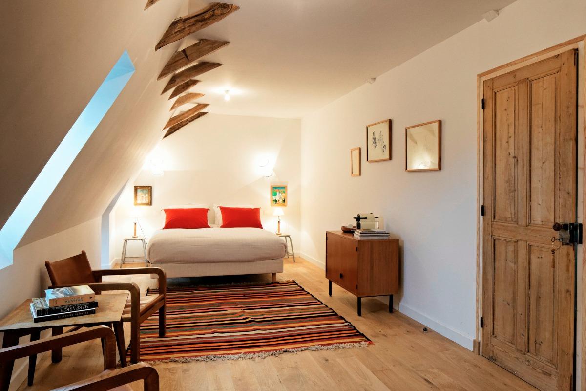 La vaste chambre à la déco d'inspiration tunisenne - Chambre d'hôtes - Saint-Vincent-de-Cosse