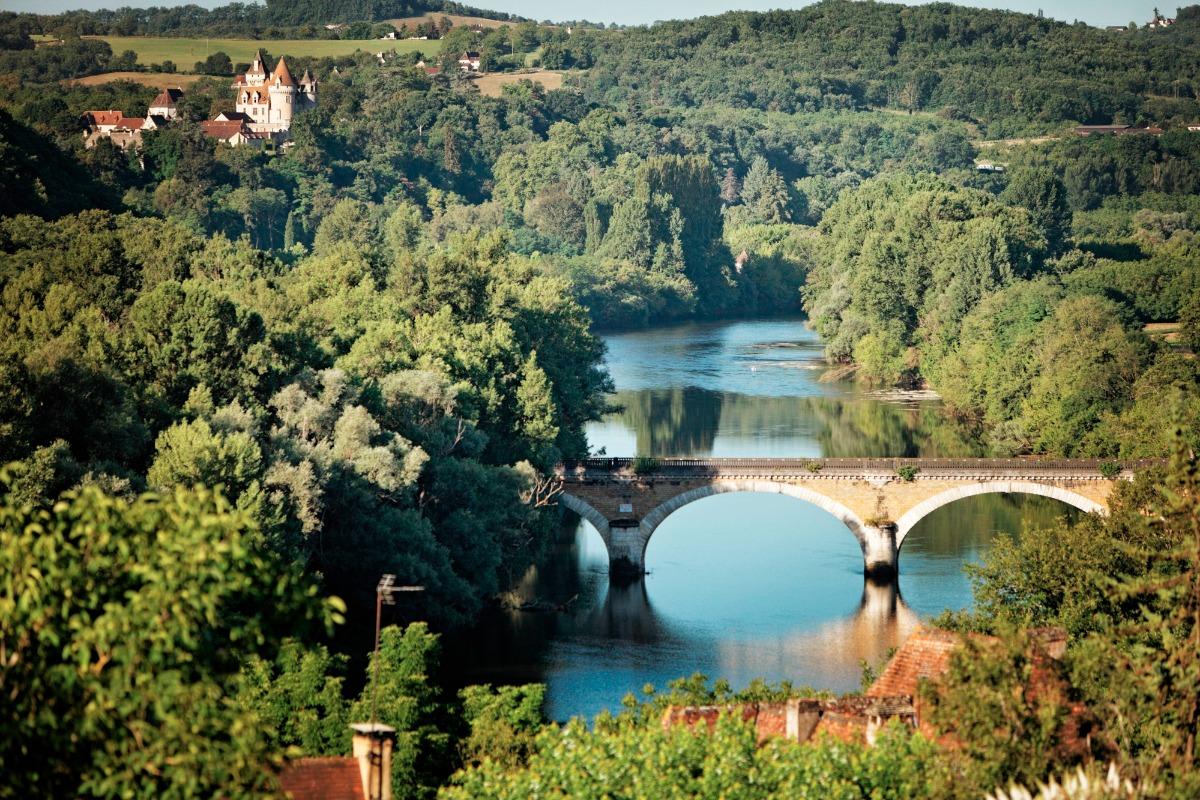 La vue sur la Dordogne depuis la chambre - Chambre d'hôtes - Saint-Vincent-de-Cosse