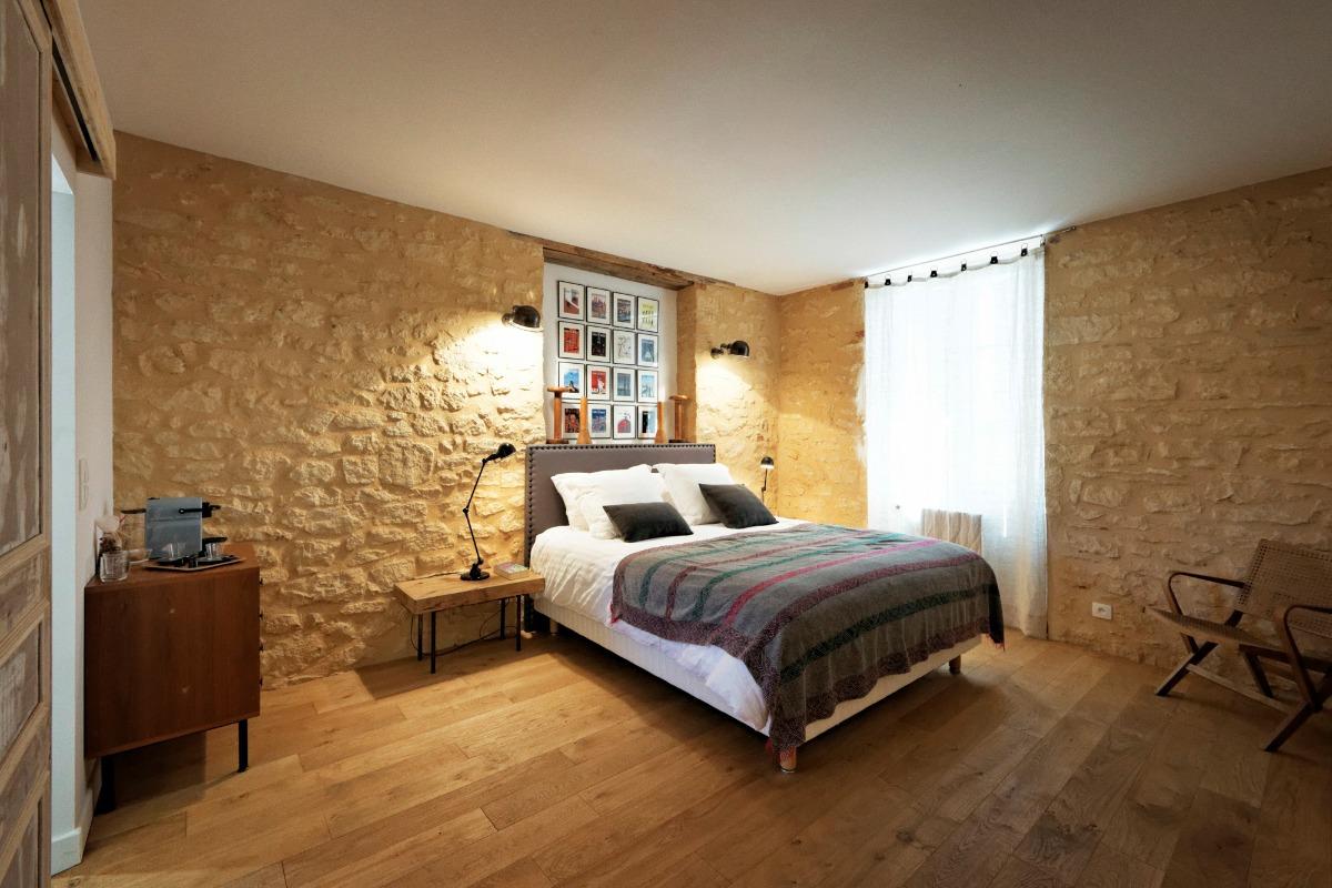 La chambre avec une déco inspirée par New York, où j'ai fait des études - Chambre d'hôtes - Saint-Vincent-de-Cosse