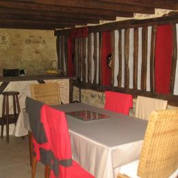 cuisine et salle à manger - Location de vacances - Château-l'Évêque