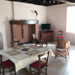 séjour salon - Location de vacances - Piégut-Pluviers