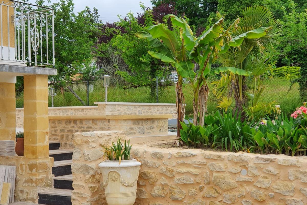 L'entrée pour accéder au gîte - Location de vacances - Sarlat-la-Canéda