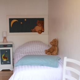 Chambre enfant vue 1 - Chambre d'hôtes - Saint-Michel-de-Montaigne